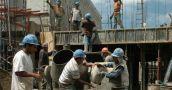 El empleo registrado en la construcción se desplomó en mayo