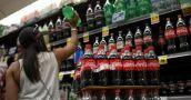 El consumo de bebidas en los supermercados retrocedió un 38,4% en enero