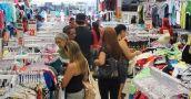 El consumo de indumentaria y calzado en los supermercados se retrajo un 18%