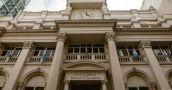 Entre marzo y septiembre salieron de los bancos riojanos 10 millones de dólares