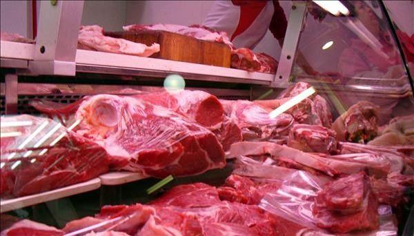 El consumo de carne en los supermercados bajó un 47,25%