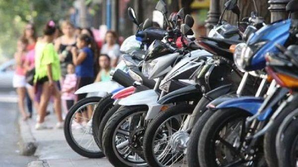 Dura caída de la venta de motos en noviembre: el consumo bajó un 54,9%