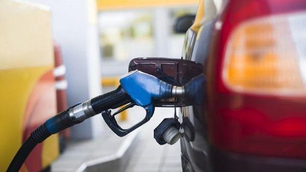 Pandemia: la venta de combustibles bajó un 56,3% en abril