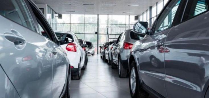 En noviembre disminuyó un 50% la venta de autos 0 km